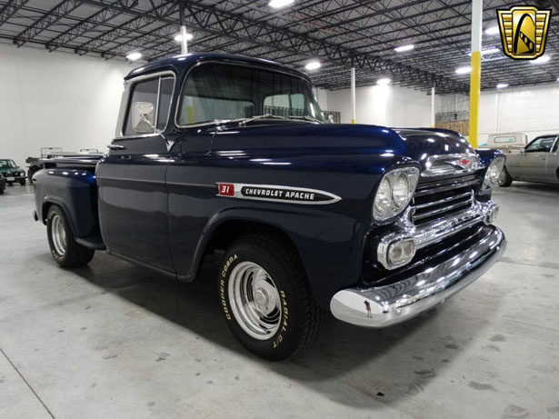 largest classic car dealer in america to open showroom in dallas wilson 39 s auto restoration blog. Black Bedroom Furniture Sets. Home Design Ideas
